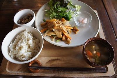 室谷真由美のビューティーフード・レポ vol.8 『daylight kitchen』 | マクロビ・ベジレストランで外食ダイエット
