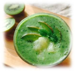 fAVAスムージー・ダイエット・レシピ vol.6『疲れがたまった時のスムージー』 | 酵素の力で腸内デトックス