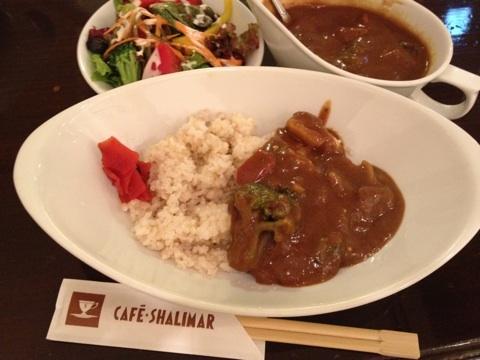 室谷真由美のビューティーフード・レポ 『カフェ シャリマァル』 | 恵比寿のマクロビ・ベジレストランで外食ダイエット