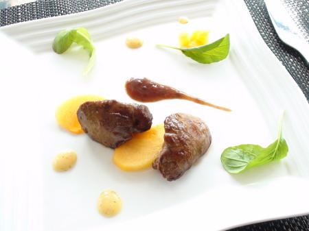 乾燥から守り潤す薬膳レシピ『鶏レバーのソテー 柿添え あんずソース』 | キレイで簡単★フレンチ薬膳ダイエット
