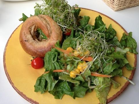 室谷真由美のビューティーフード・レポ 『レインボーローフード』 | 恵比寿のマクロビ・ベジレストランで外食ダイエット