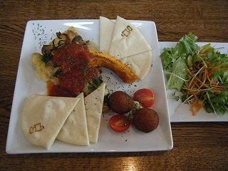 室谷真由美のビューティーフード・レポ 『gossip』 | 表参道のマクロビ・ベジレストランで外食ダイエット