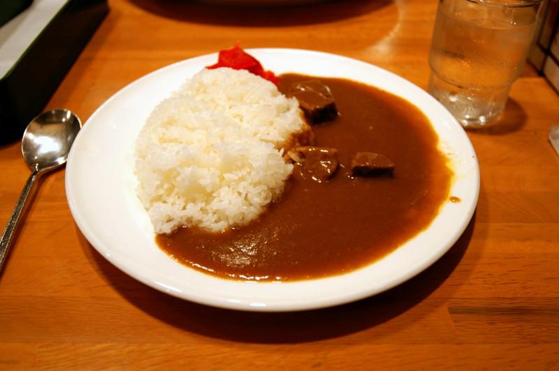 カレーダイエット ★ 外食で食べられる低カロリーメニューまとめ