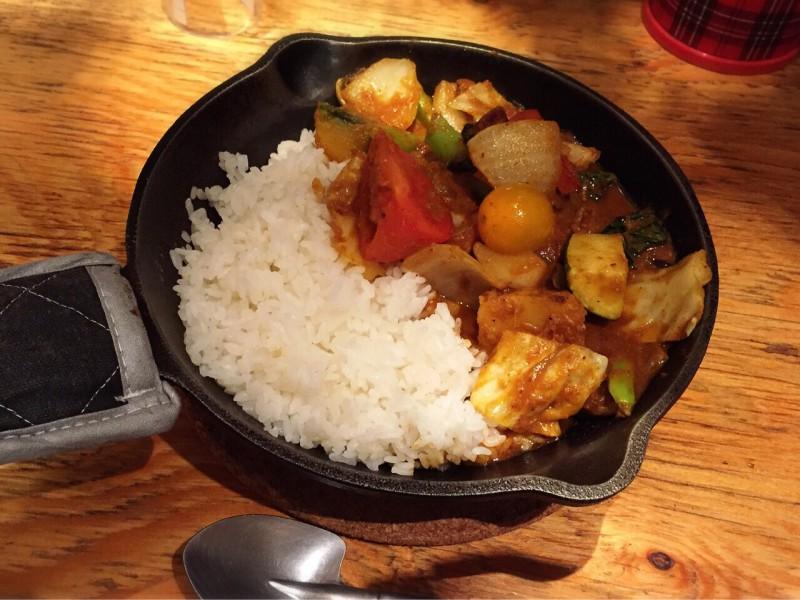 野菜を食べるカレーcamp
